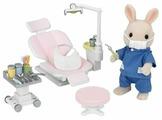 Игровой набор Sylvanian Families Кролик-стоматолог 2817/5095