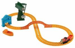 """Fisher-Price Стартовый набор """"Сэлти и Крэнки доставляют груз"""", серия Collectible Railway, BHR95"""