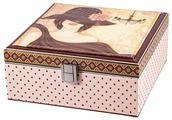 Шкатулка Русские подарки для рукоделия 84330 20x21x9 см