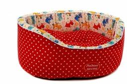 Лежак для кошек, для собак Родные места Премиум №1 Красный горошек с собачками 43х38х15 см