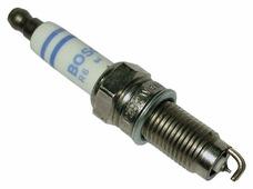 Свеча зажигания Bosch YR7LPP332W (0 242 135 510)