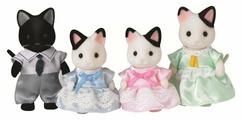 Игровой набор Sylvanian Families Семья чёрно-белых котов 5181