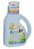 Жидкость для стирки Lion Top Fresh аромат ромашки и зеленого яблока (Япония)