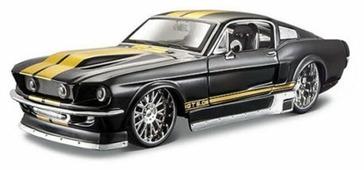 Легковой автомобиль Maisto Ford Mustang GT 1967 Tuning (31094) 1:24 23 см